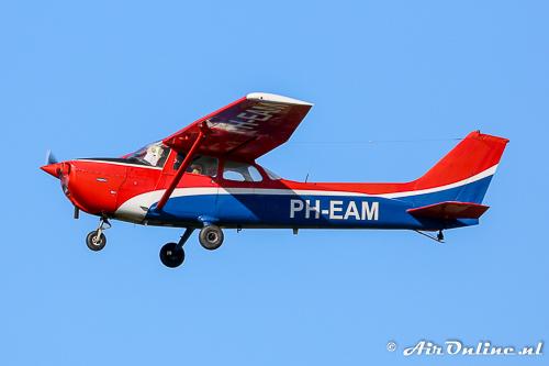 PH-EAM Reims-Cessna F172N Skyhawk II was vroeger van de Vliegclub Schiphol