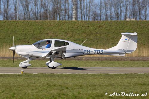 PH-TDS Diamond DA-40D Diamond Star TDI van de Vliegclub Schiphol