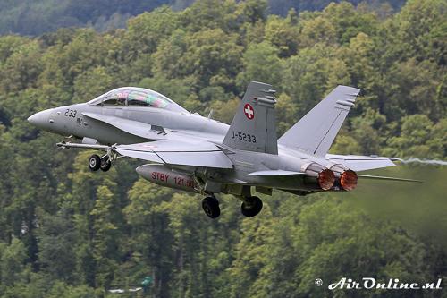 J-5233 F/A-18B Hornet