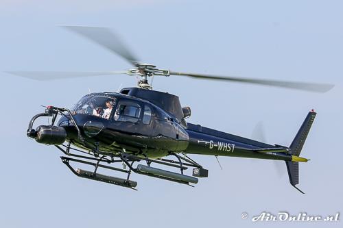 G-WHST Aerospatiale AS.350.B2 Ecureuil komt terug van Urk