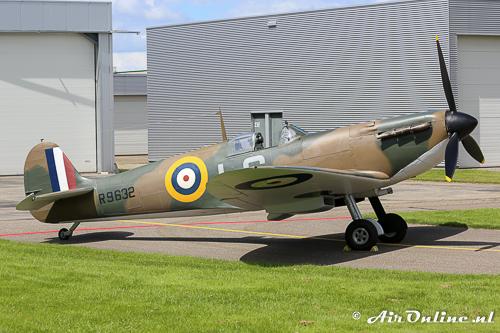 G-AIST/R9632 Supermarine Spitfire Mk.Ia