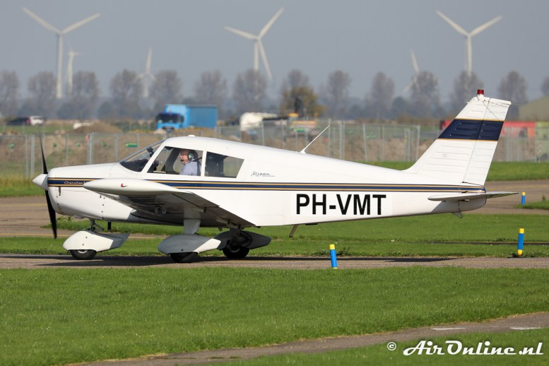 PH-VMT Piper PA-28-140 Cherokee B