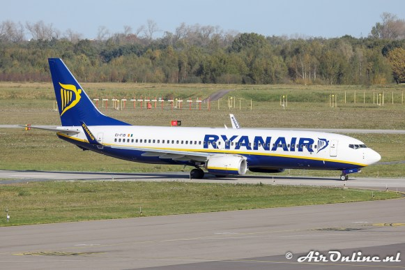 EI-FIB Boeing 737-8AS(WL) Ryanair