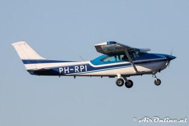 PH-RPI Cessna 182R Skylane II