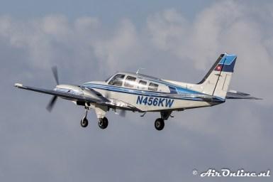 N456KW Beech 58PA Baron