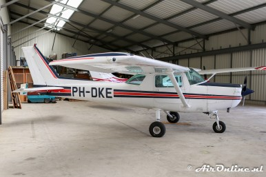 PH-DKE Reims/Cessna F152