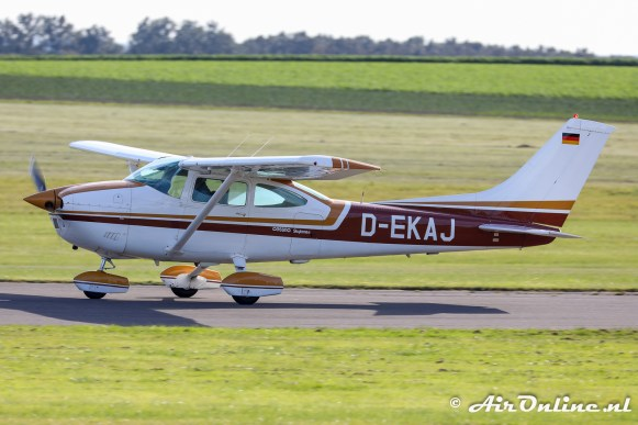 D-EKAJ Reims/Cessna F182Q Skylane II