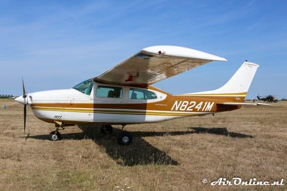 N8241M Cessna 210K Centurion