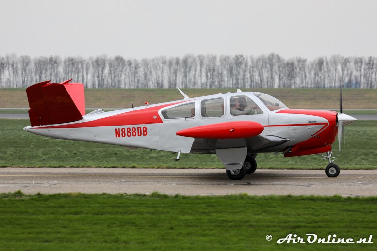 N888DB Beech V35B Bonanza
