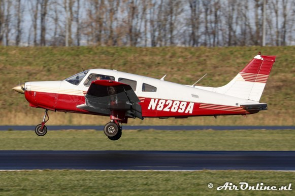 N8289A Piper PA-28-161 Warrior II