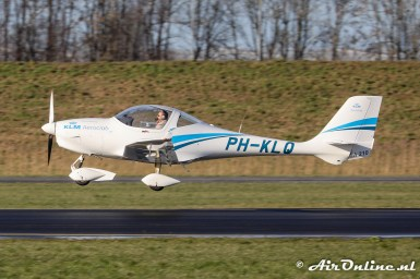 PH-KLQ Aquila A210