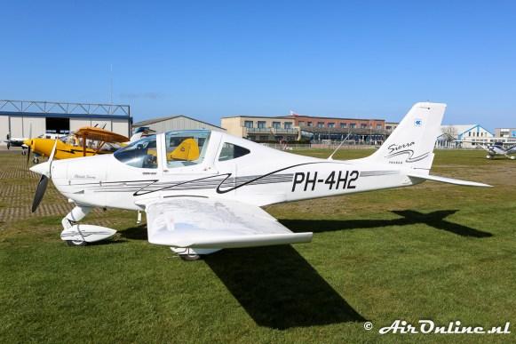 PH-4H2 Tecnam P2002 Sierra