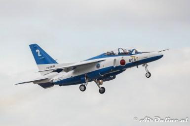 26-5696 / 2 Kawasaki T-4 Blue Impulse