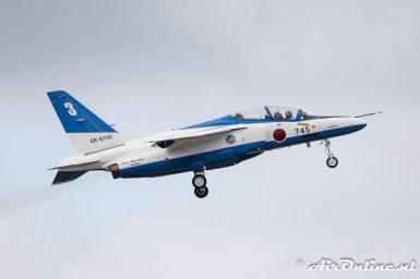 66-5745 / 3 Kawasaki T-4 Blue Impulse