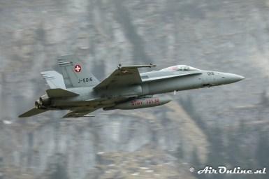 J-5016 McDonnell Douglas F/A-18C Hornet Swiss AF