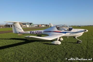 PH-USH HOAC DV-20 Katana