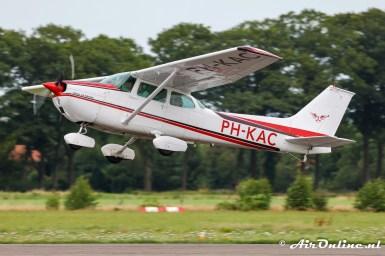 PH-KAC Cessna 172M Skyhawk
