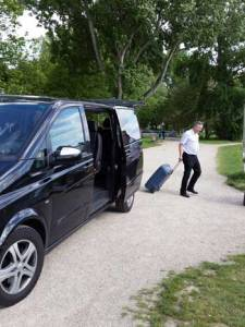 Taxi- oder Limousinen-Fahrten von Basel nach Mannheim mit Mercedes Viano, E-Klasse oder S-Klasse 500.