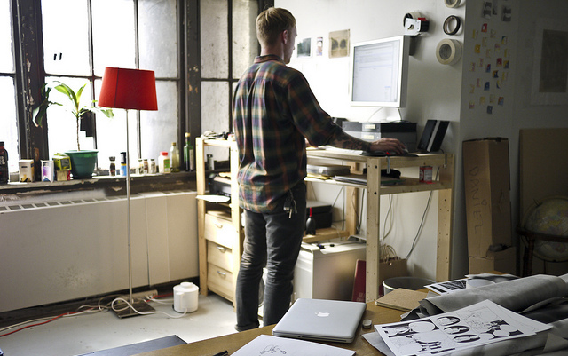 Benefits of Standing Desk Office Health Tips Airrosti Blog