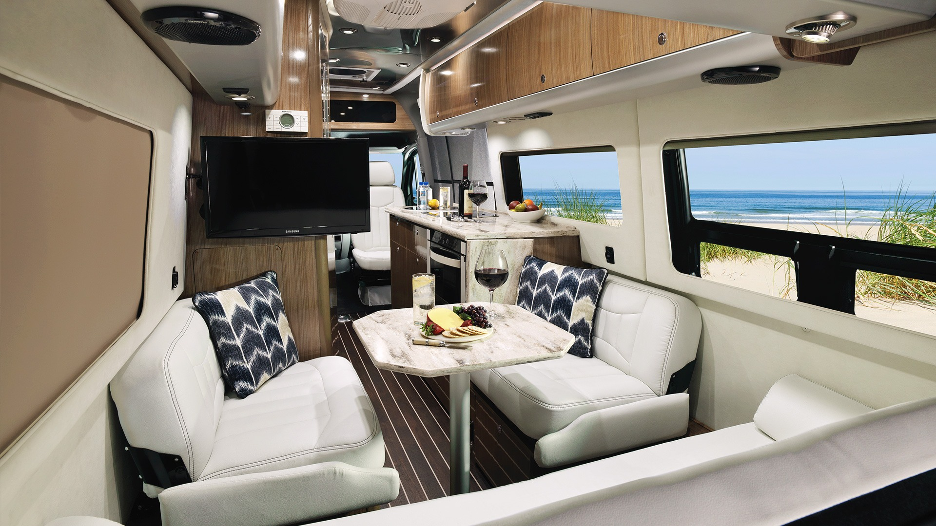 Floor Plans  Interstate Grand Tour EXT  Touring Coaches