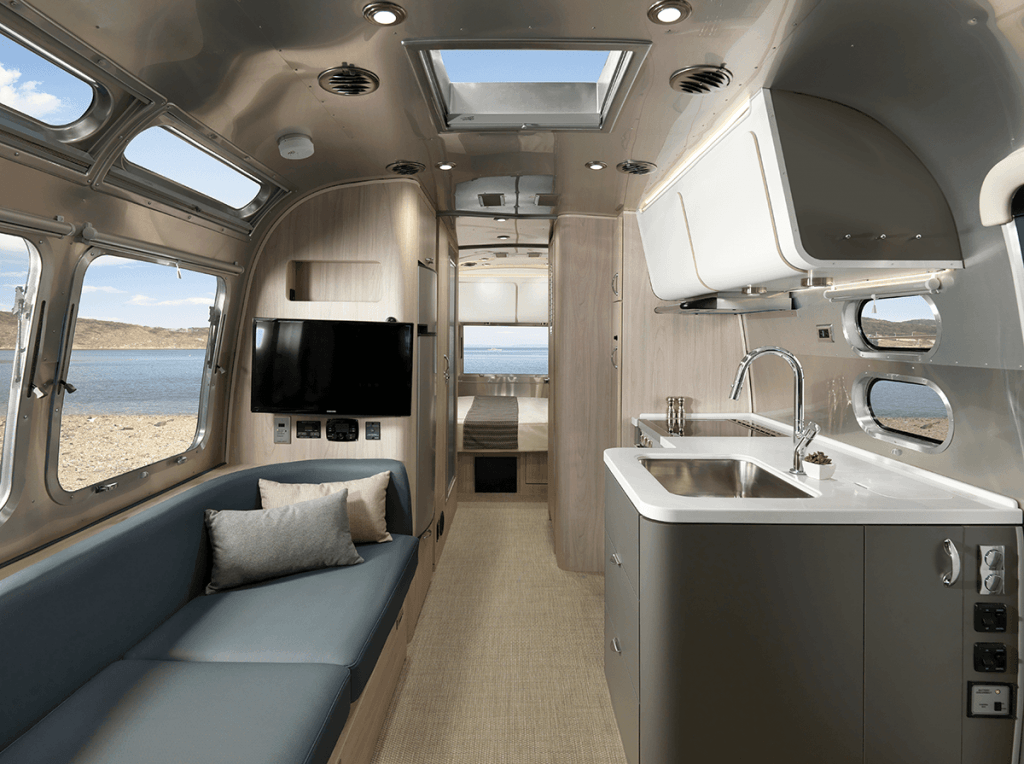 Introducing the allnew 25foot Airstream Globetrotter