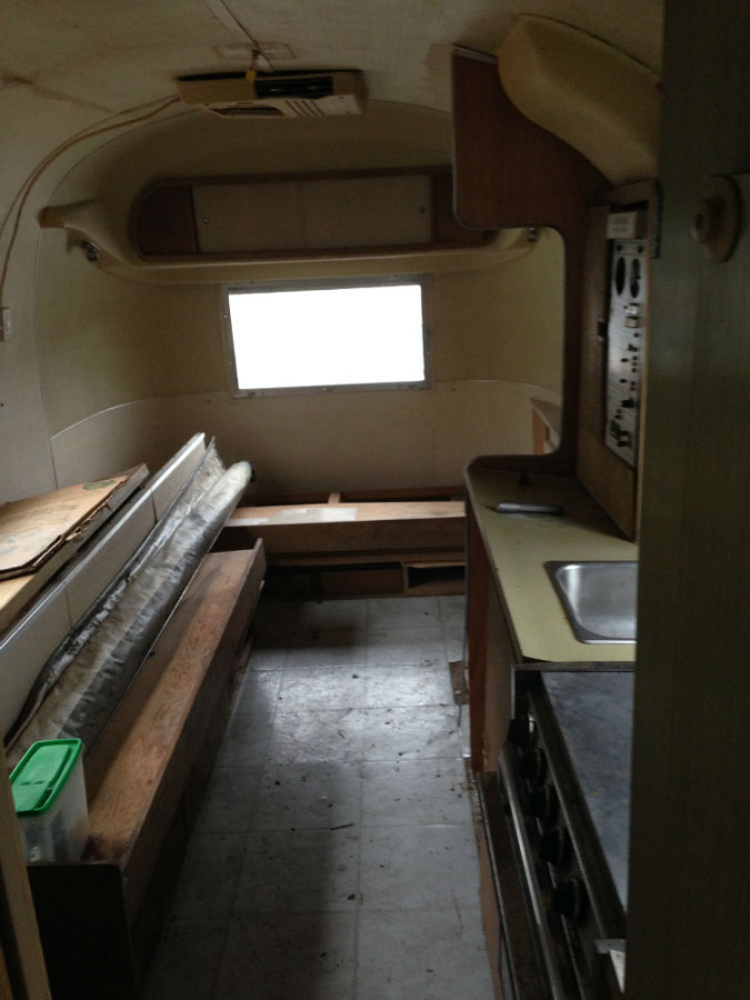 Appliances and interior from 1968 Airstream Globetrotter