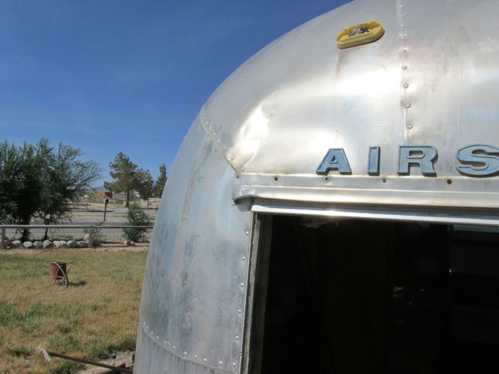 1968 Airstream Ambassador 28 Nevada