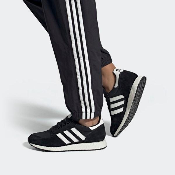 Forest_Grove_Shoes_Black_EE5834_010_hover_standard