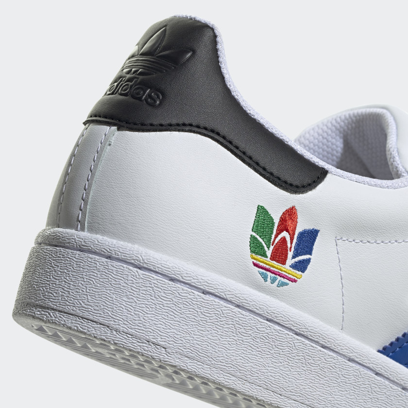 Superstar_Shoes_White_FU9521_43_detail