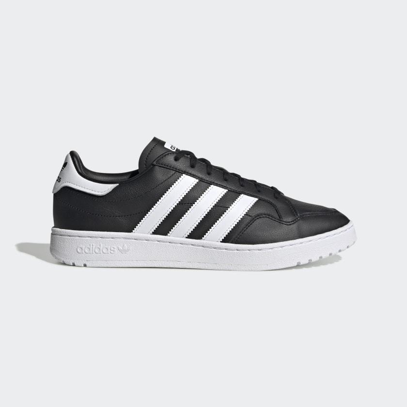 Team_Court_Shoes_Black_EF6048_01_standard