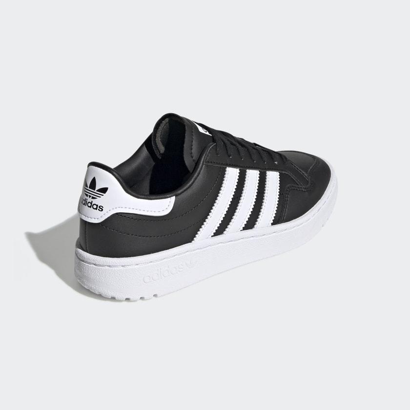 Team_Court_Shoes_Black_EF6810_05_standard