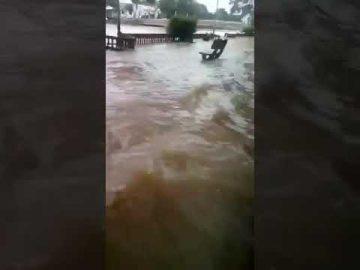 Air Pasang Besar Sungai Kedah, di Pumpung, Kedah