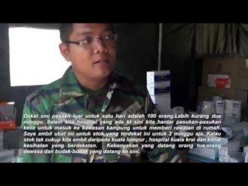 Kor Kesihatan Diraja di Manik Urai, Kelantan semasa banjir 2014/15