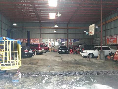 Booms Auto Center Tire supply,Booms Auto Center under chassis job,Booms Auto Center tire supply,Booms Auto Center change oil,Booms Auto Center wheel alignment,Booms Auto Center tire change,Booms Auto Center wheel balancer,Booms Auto Center Car repair,Booms Auto Center Car Maintenance