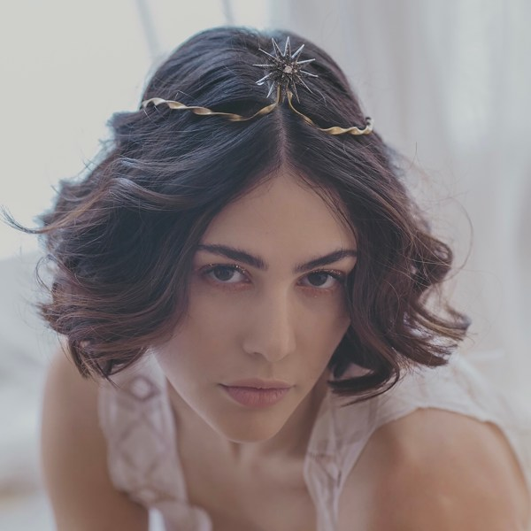 Tiara bridal modelo Leonor