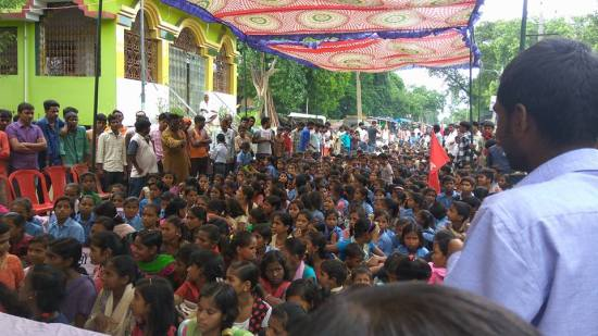 Sadak Par School witnessed huge participation of school students