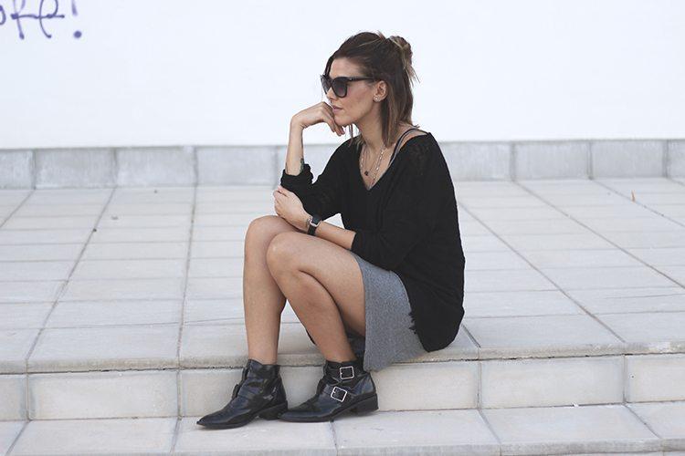 MODA: vestido gris asimétrico