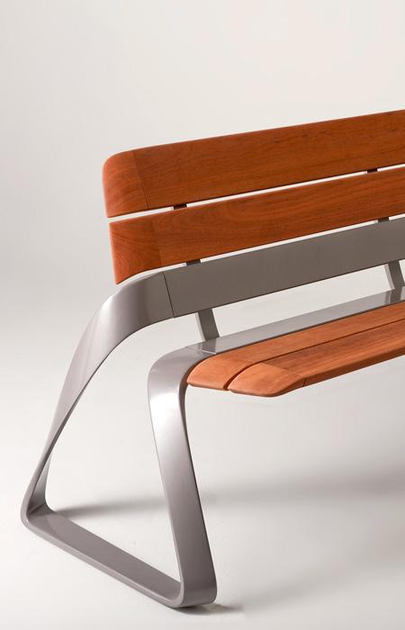 bmw-metro40-bench.jpg