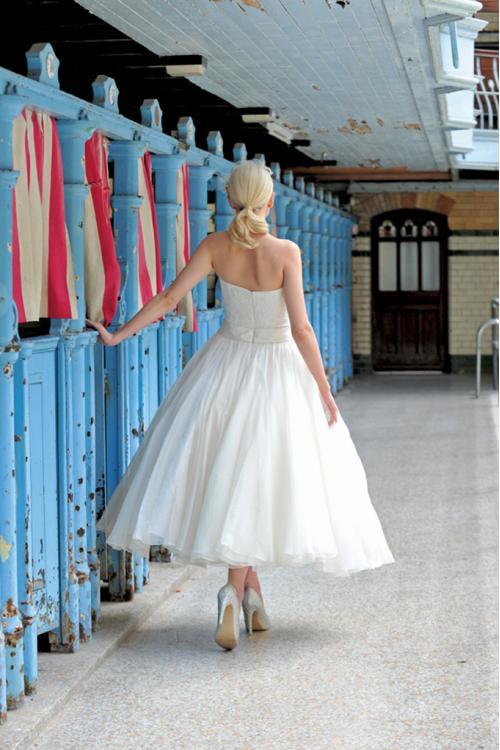 Strapless Lace overlay Satin Bodice Ball Gown Taffeta Wedding Dress