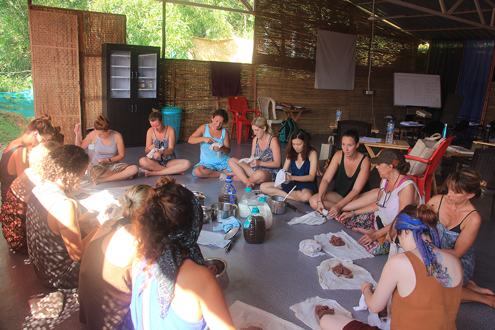 Ayurveda Massage Course in Goa, India - Students preparing herbal bags