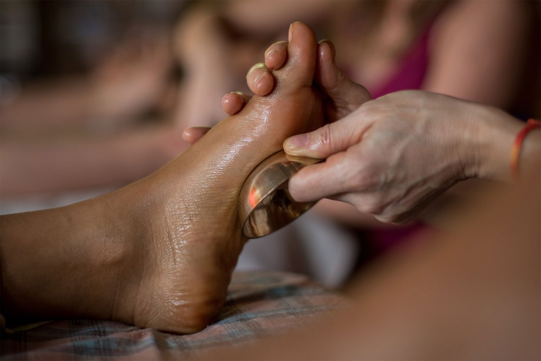 Ayurveda Massage Course in Goa, India ~ A student practising Kansu Bowl Massage