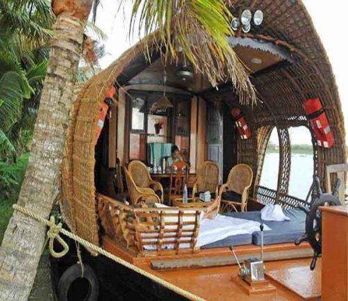Veli Lake Floating Restaurant, Kerala, Hindi, Information, Janakri, Story, History,