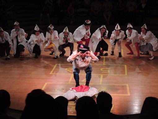Roda-Besteirologica-no-Teatro-Tucarena-outubro-3