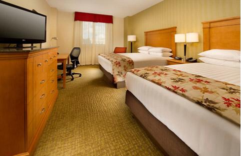 Drury Inn & Suites Orlando suite