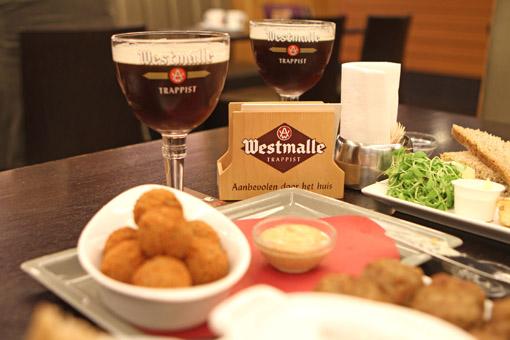 Degustação da Westmalle no restaurante do monastério