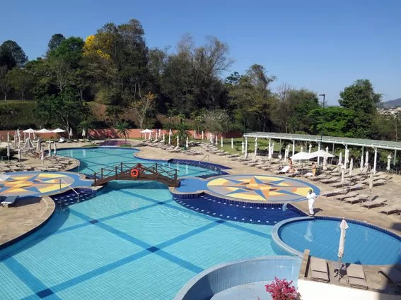 piscina ornamental
