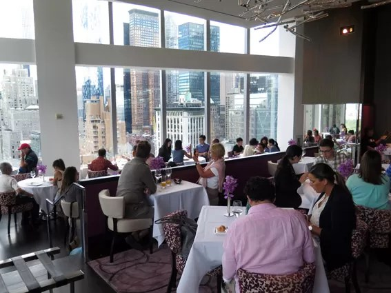 As Laranjinhas em NY - Restaurante Asiate Mandarin Oriental