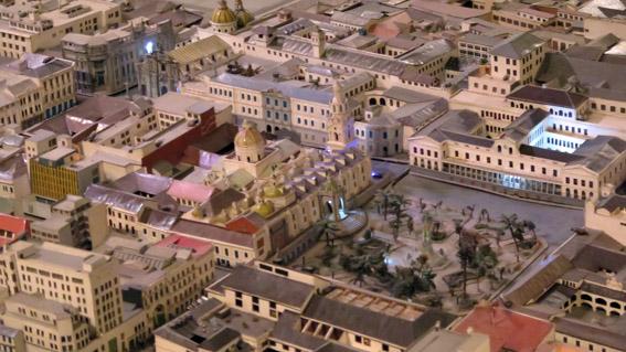 Maquete da Plaza Grande de Quito