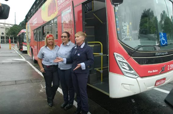 Onibus Turistico SP Mulheres motoristas