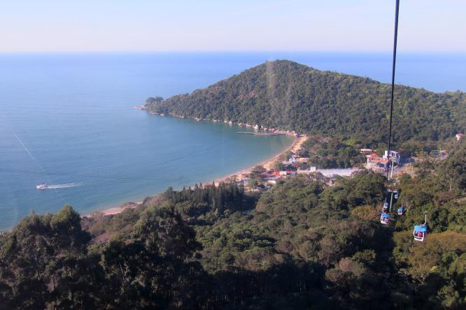 Praia de Laranjeiras vista de cima